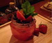 热带复合果鸡尾酒